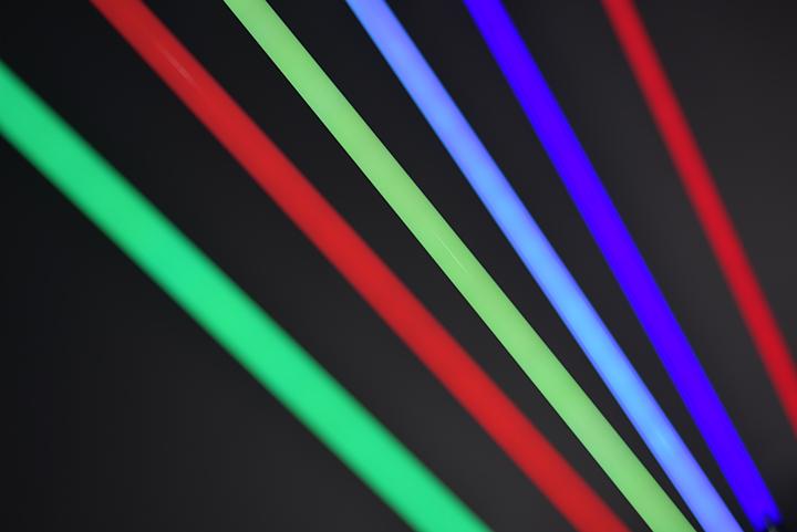 xenotec led rgb leuchtstab dekorative lichtr hre mit fernbedienung wohnen haushalt. Black Bedroom Furniture Sets. Home Design Ideas